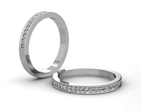 A062  18ct white gold Claw set diamond halo ring set